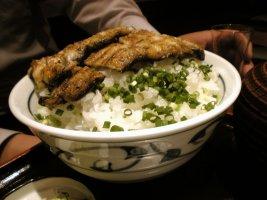 鰻丼メガ盛り