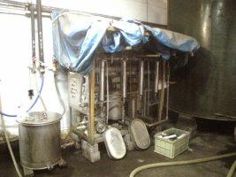 仕込水濾過装置